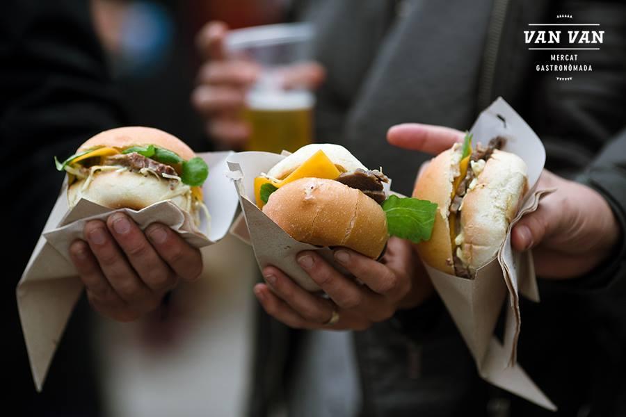 bocadillos, Van Van Mercat Gastronòmada, street food, food trucks