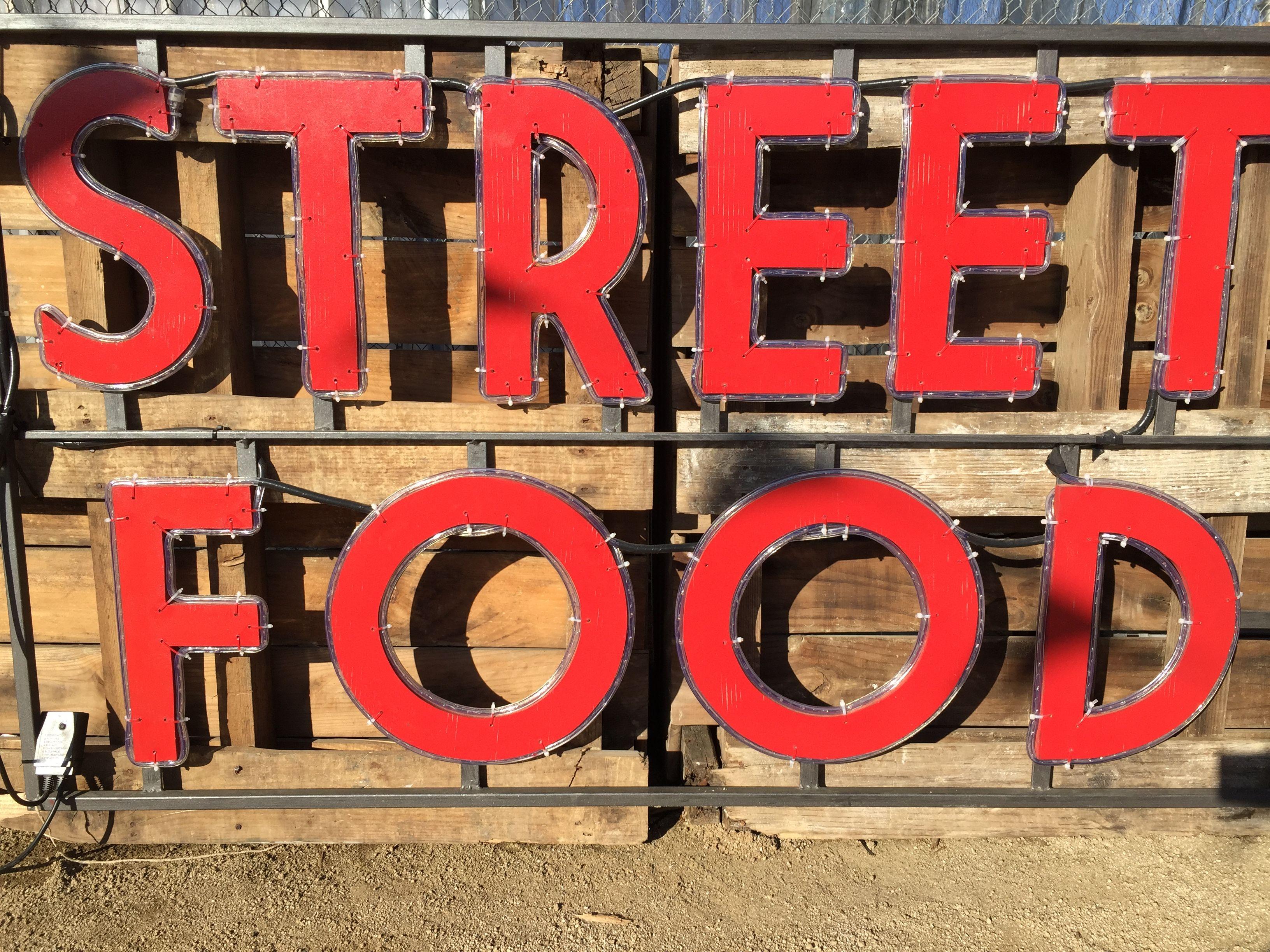 Come, comparte y disfruta del street food