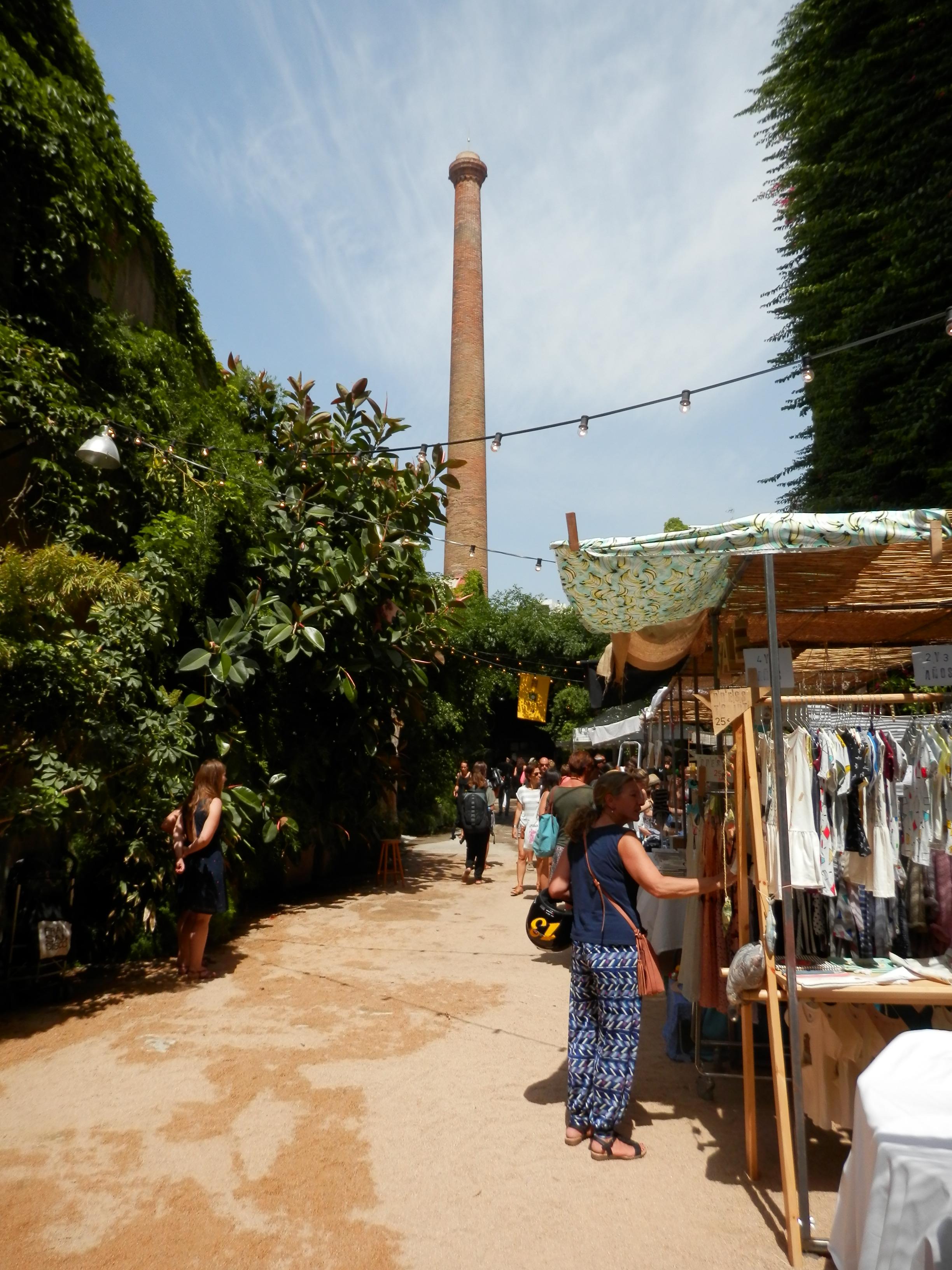 Palo Alto Market y su chimenea