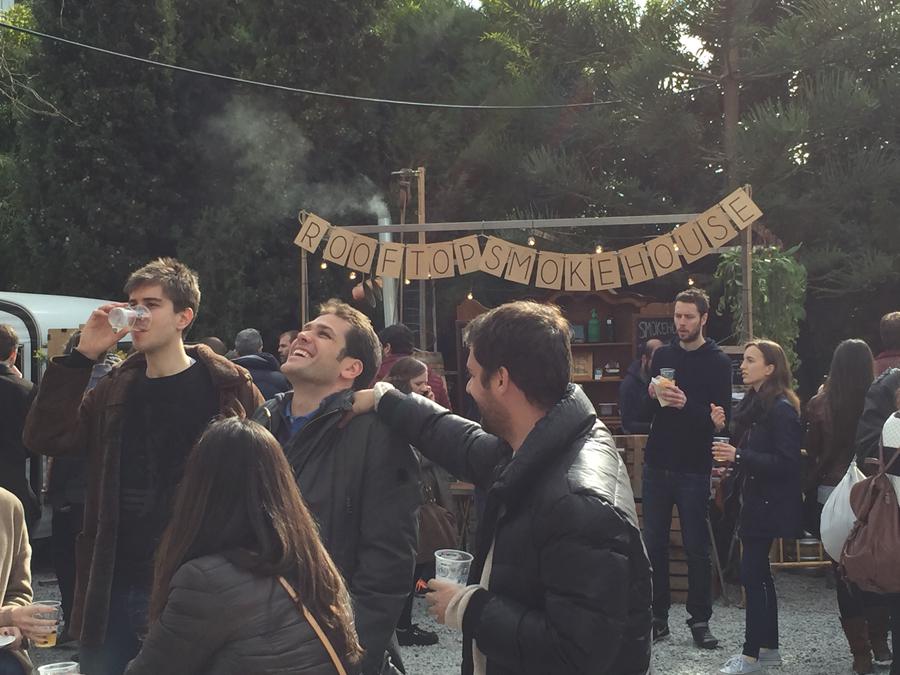 Rooftop Smoke house convence por su tradición culinaria