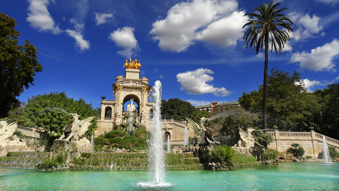 El Parque de la Ciutadella es un lugar ideal para comer al aire libre en Barcelona